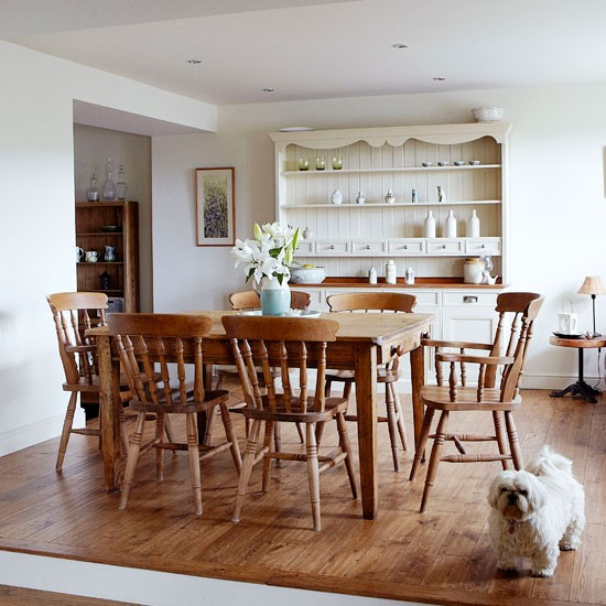 Country Dining Room Ideas: Wood-rich Country Dining Room
