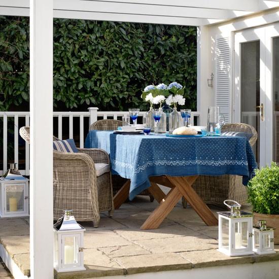 Outdoor Dining Area Ideas: Country Garden Ideas