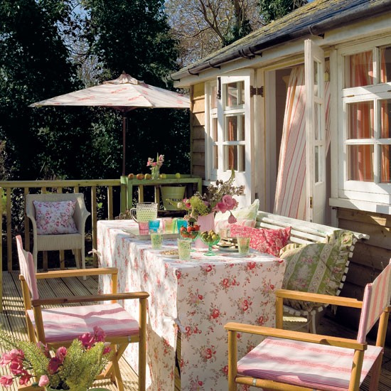 Make Space To Dine Garden Summer House Ideas For Your