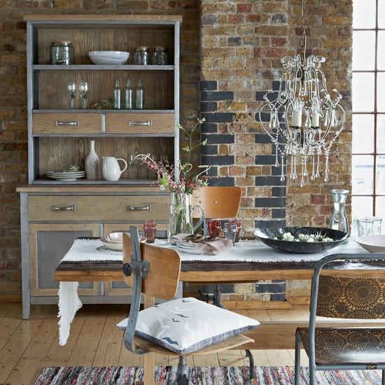 Modern Industrial Dining Room: Striking Industrial Dining Room