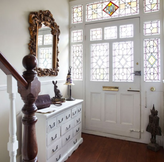 Squeeze Some Style With These Small Hallway Interior: Hallway With Period Features