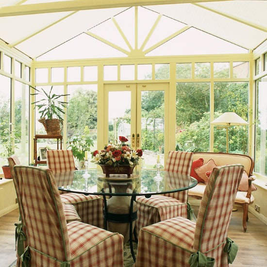 25 Beautiful Neutral Dining Room Designs: Traditional Conservatory Dining
