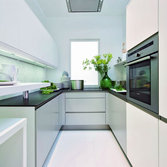 Design Ideas For Tiny Kitchens: Small Kitchen With Reflective Surfaces