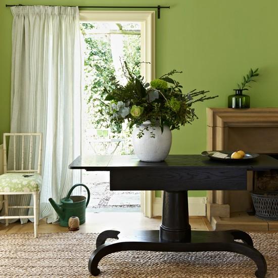 Apple green living room | Modern decorating ideas ...