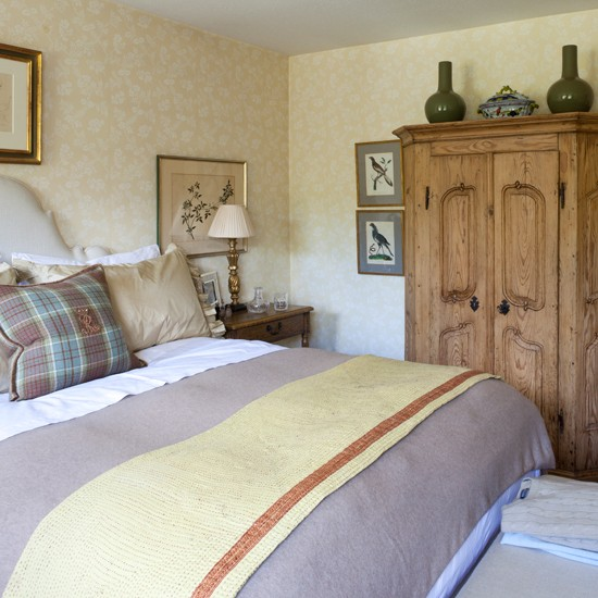 Ideas For Home Garden Bedroom: Country Decorating Ideas