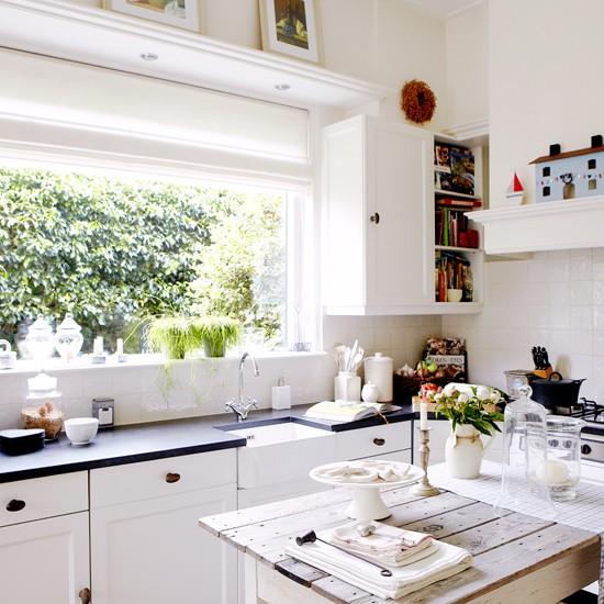 Housetohome Co Uk: White Shaker-style Kitchen