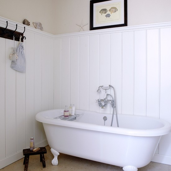 White Coastal Bathroom Coastal Decorating Ideas