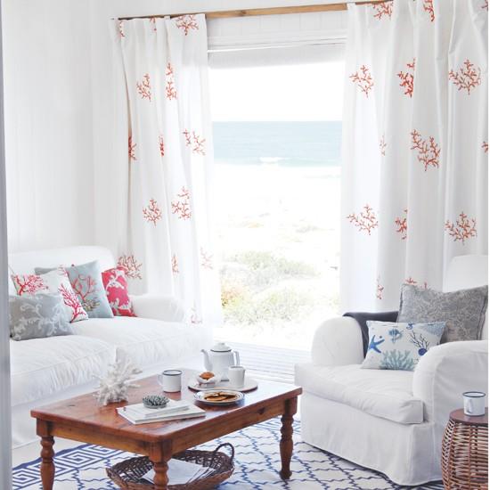 Seaside Decorating Ideas: White Seaside Living Room