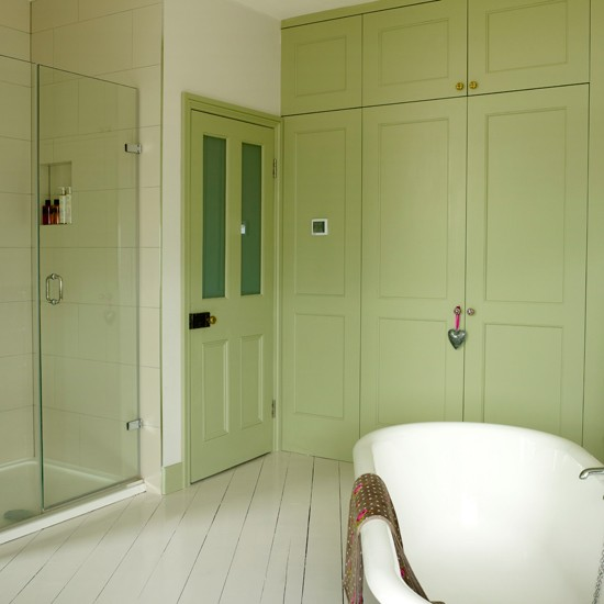 Green Home Bathroom: Apple Green Country Bathroom