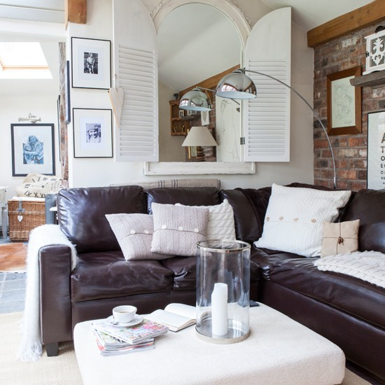 Beautiful Cream Living Room: Modern Country Style