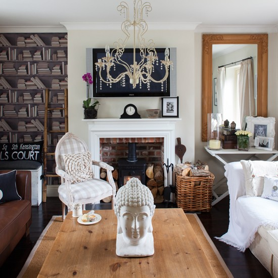 Traditional Living Room Decorating Ideas: Quirky Traditional Living Room