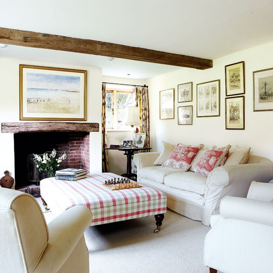 Country House Living Room: Step Inside This Idyllic Sussex Farmhouse