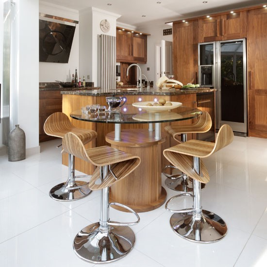 Dining Area Be Inspired By An American Black Walnut