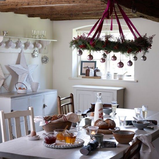 Country Dining Room Decorating Ideas: Keeping The Christmas Spirit Alive 365: Decorating Ideas