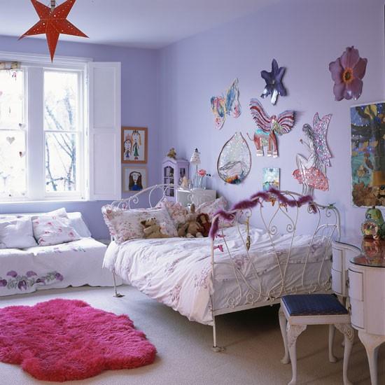 10 Girls Bedroom Decorating Ideas: GIRLS BEDDING DECORATION: Classic Girls' Rooms