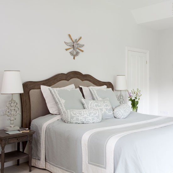 25 Beautiful Bedroom Decorating Ideas: A World Of Inspiration: Looking For Some