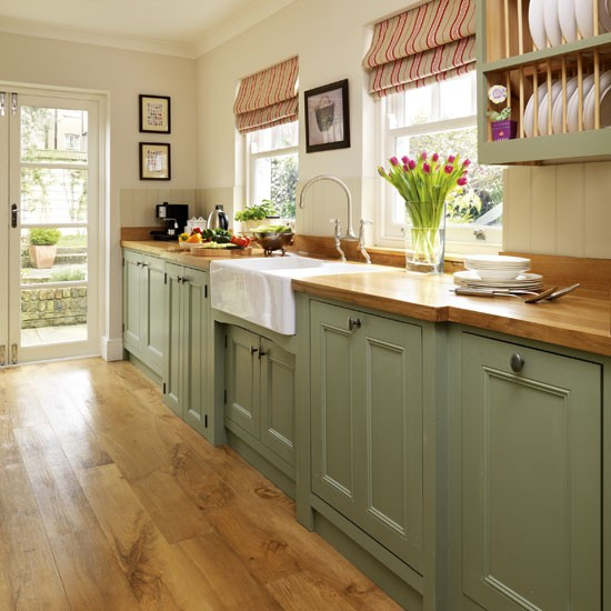 Painted Wood Kitchen Cabinets: Relics Of Witney