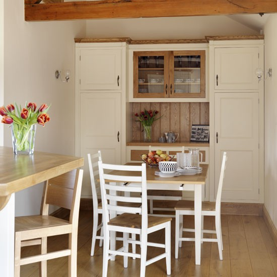 Kitchen Dining Area: Take A Tour Around A Neutral Barn Conversion