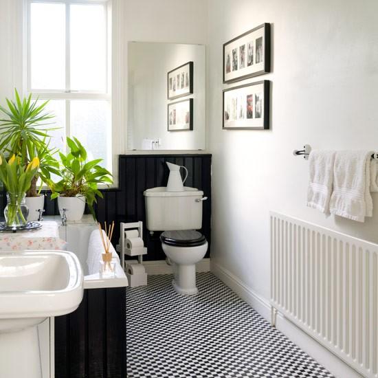pick monochrome for a smart look bathroom decorating ideas. Black Bedroom Furniture Sets. Home Design Ideas