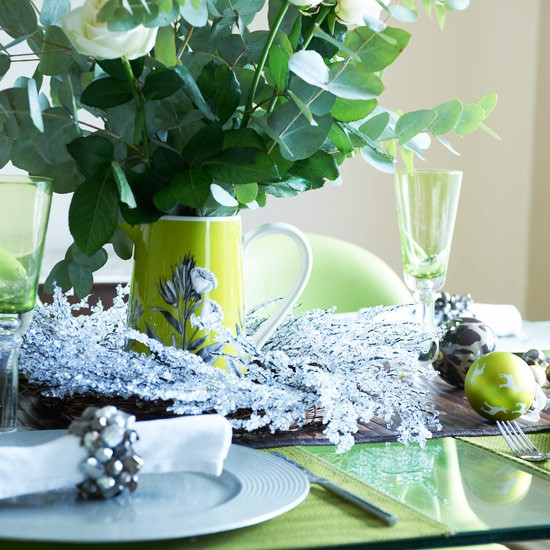 A sparkling centrepiece | Christmas decorating ideas | PHOTO GALLERY | Style at Home | Housetohome