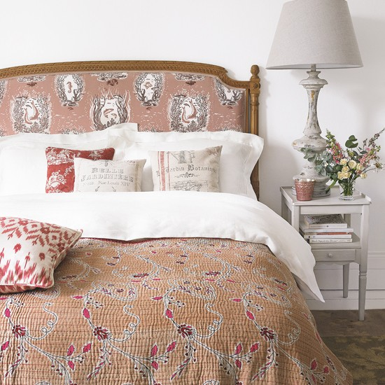 Dusty Pink Country Bedroom