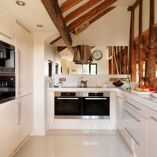 formed kitchen layout-shaped layout | Be inspired by a contemporary hi-tech kitchen - U Shaped Layout Kitchen Design