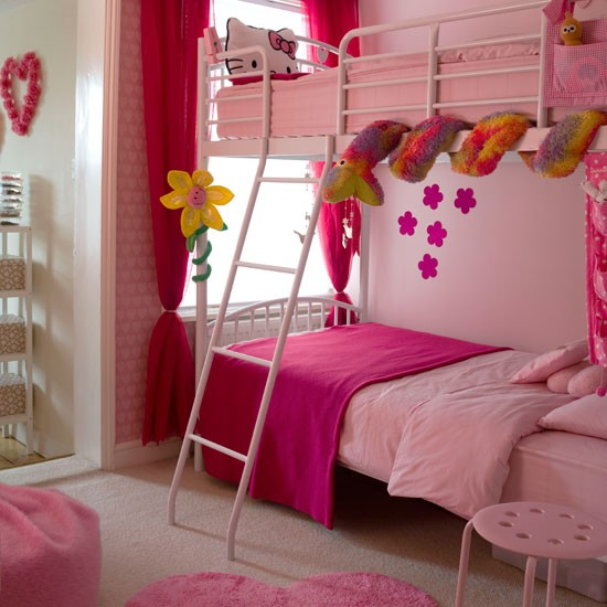 Girly Bedroom Accessories: Pink Girls Bedroom