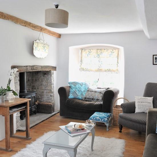 Modern Country Living Room Decor: Original Living Room Features