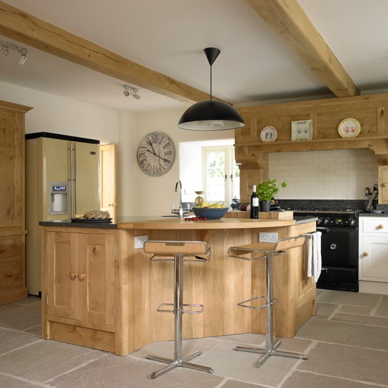 Bespoke Kitchen Designs: Bespoke Country Kitchen