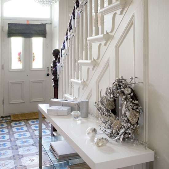 Elegant And Neutral Christmas Foyer: Housetohome.co.uk