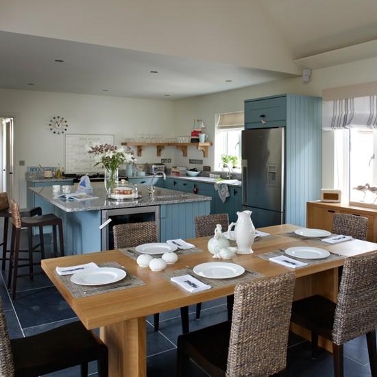 Blue coastal kitchen diner - Kitchen diner family room design ideas ...