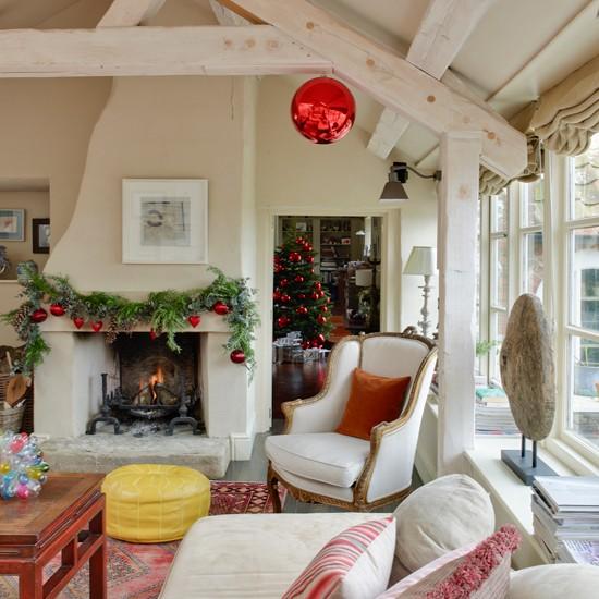 Light and airy festive living room | housetohome.co.uk