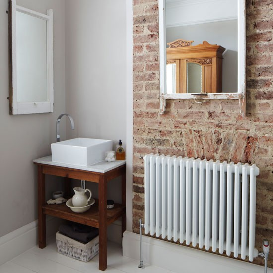 Rustic Bathroom Design Ideas: Small Rustic Bathroom