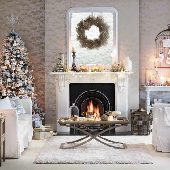 Silver Christmas Tree Decorating Ideas: White And Silver Living Room With Christmas Tree