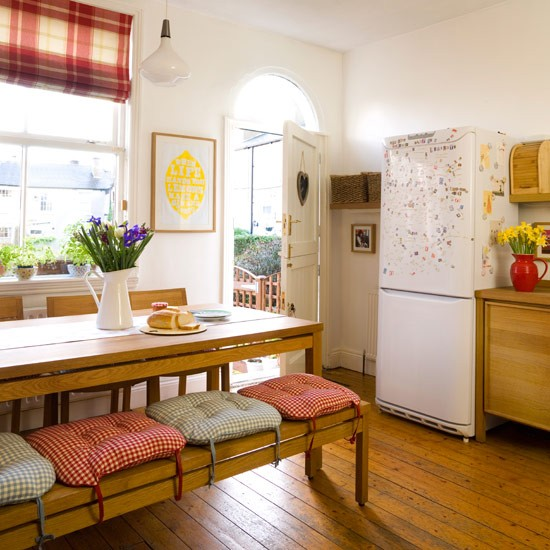 Kitchen Seating Bench: Country Kitchen Ideas