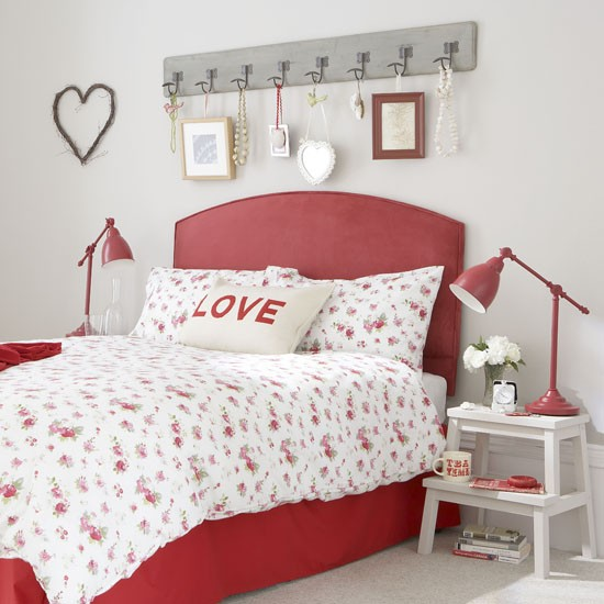 Shabby Chic Teen Bedroom: Teenage Girls' Bedroom Ideas