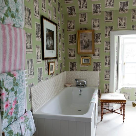Beautiful Bathrooms 2017: Wallpaper For Bathrooms Uk 2017