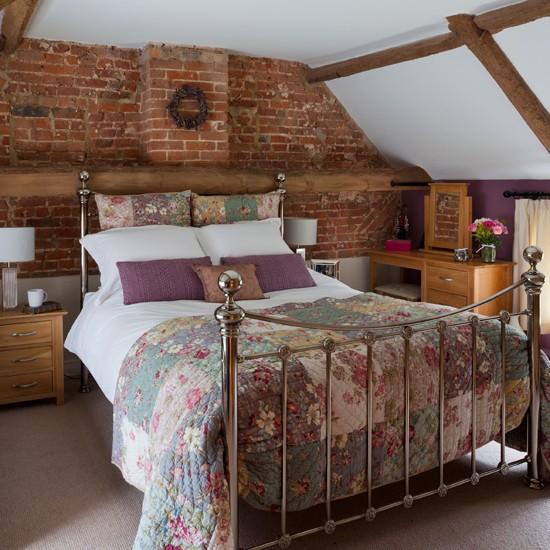 Rustic Bedroom Decorating Ideas: Rustic Brickwork Bedroom