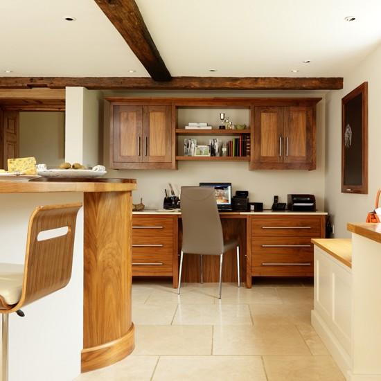 Walnut Kitchen Designs: Walnut Kitchen With Study