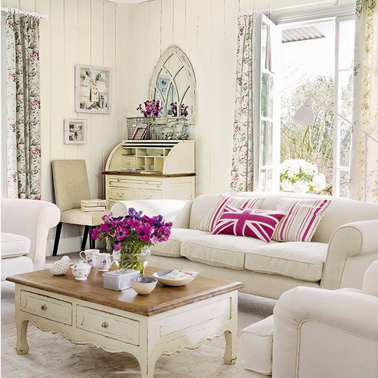 Pink Living Room Ideas: White Living Room With Pink Accents