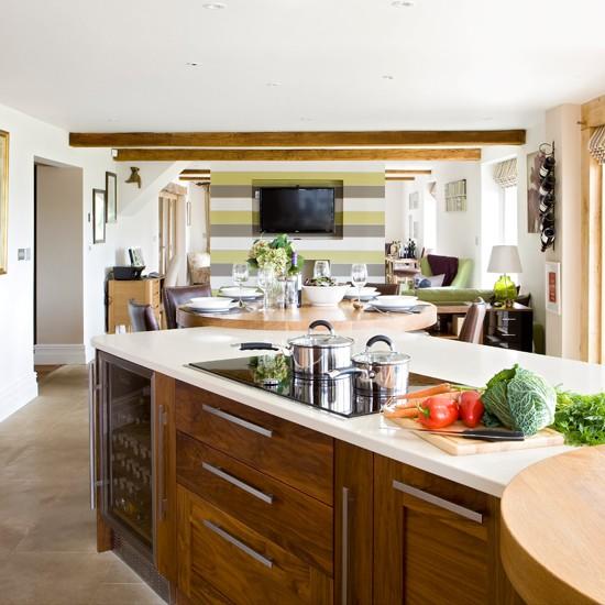 Walnut Kitchen Designs: Walnut Wood Kitchen-diner