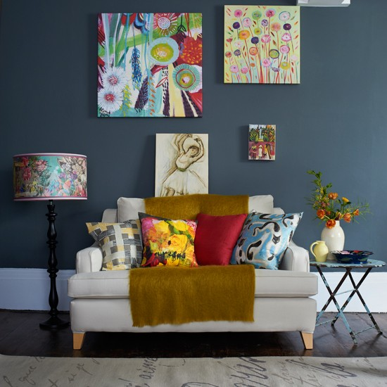 Housetohome Co Uk: Arty Grey Living Room