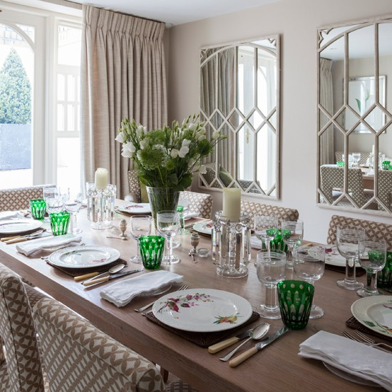 Traditional Relaxed Dining Room Decorating