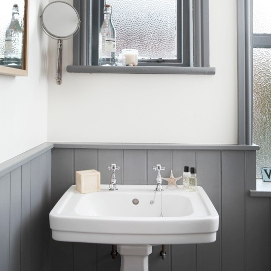 White Bathroom Grey Tiles: White And Grey Bathroom With Traditional Basin