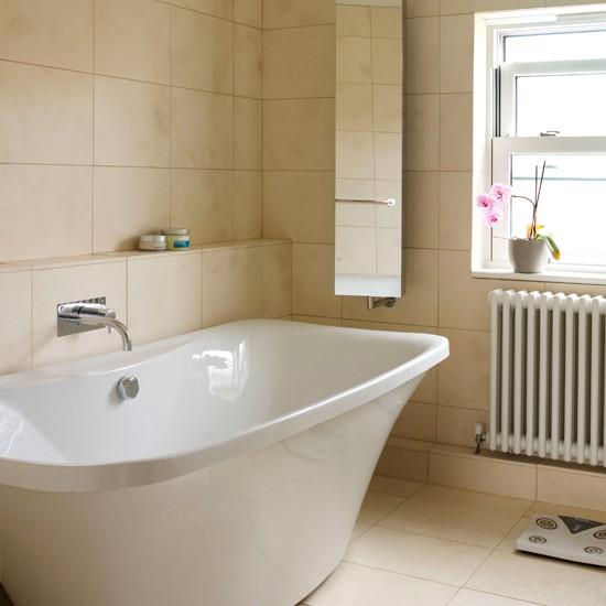 Neutral Travertine Tiled Bathroom