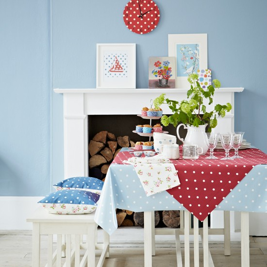 Blue Dining Room Decoration: Red And Blue Polka Dot Dining Room