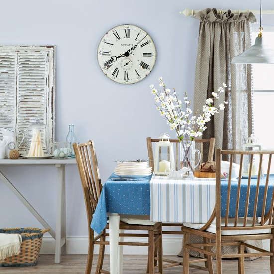 Blue Dining Room Decoration: Pale Blue Country Dining Room