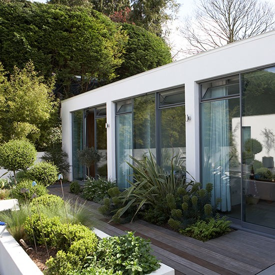 Modern House Landscape: 301 Moved Permanently