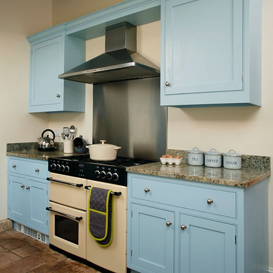 Kitchen Makeover Bristol: Be Inspired By This Blue Country