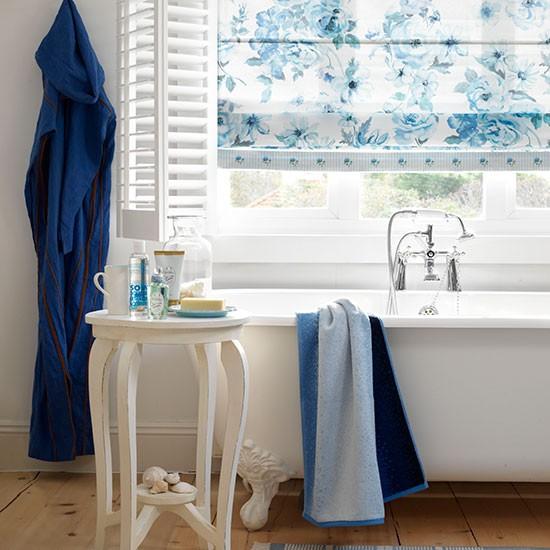 Roman Bathroom Blind Country Bathroom Ideas